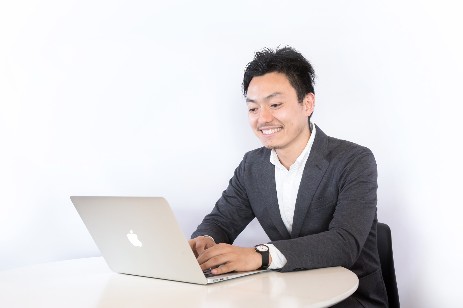 【Webアプリケーションエンジニア】神戸市中央区勤務です!